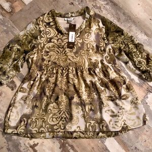 NWT gorgeous olive and gold flowy empire top